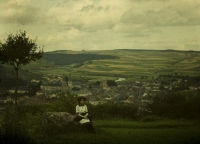 Charles Corbet, Maiden with in background Echternach (Lx) - c. 1910, autochrome 9 x 12