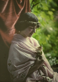 Alfonse Van Besten, Maiden with butterfly on flower    c. 1912, autochrome 12 x 9
